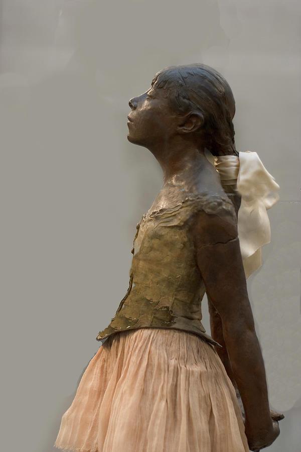 degas ballerina sculpture - 600×900
