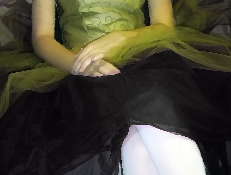Abstract Photograph - Ballerina Lap 2 by Angelina Vick