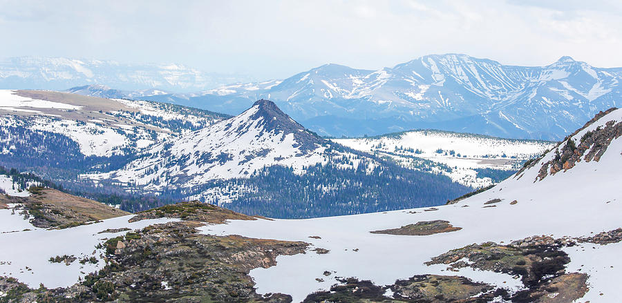 Beartooth Mountains Photograph - Beartooth Mountain Range by Dan Sproul