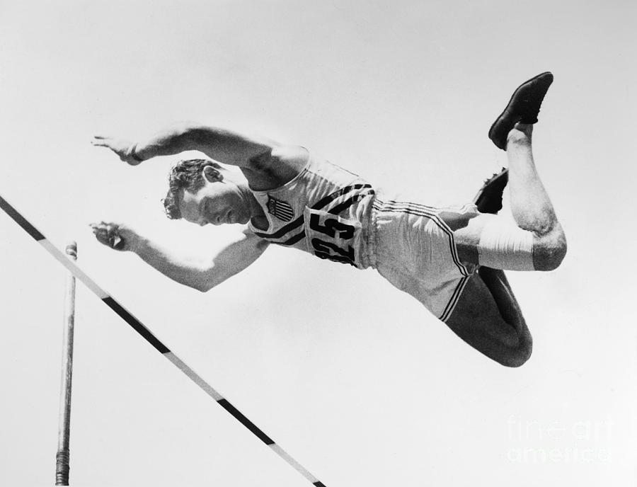1952 Photograph - Bob Richards (1926- ) by Granger