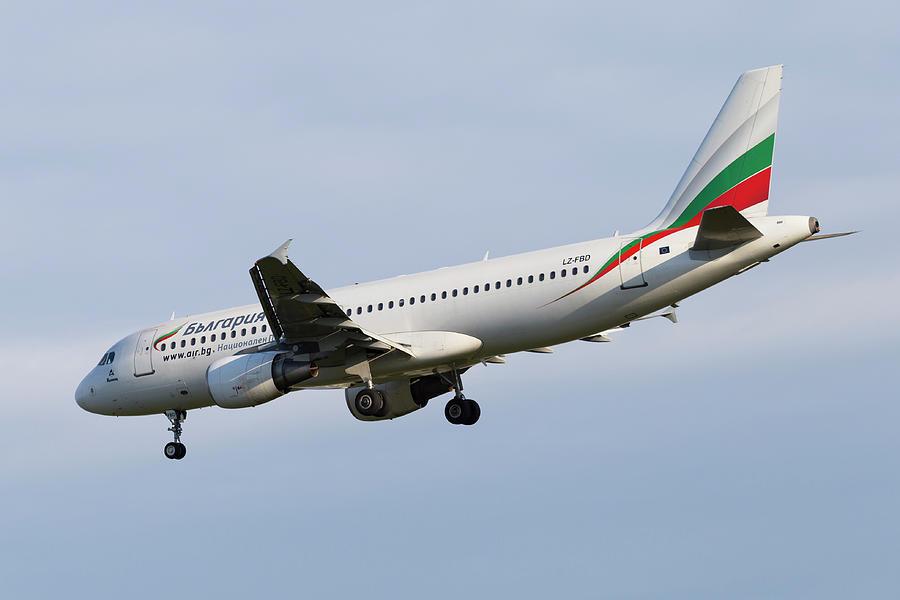 Bulgaria Air Photograph - Bulgaria Air Airbus A320 by David Pyatt