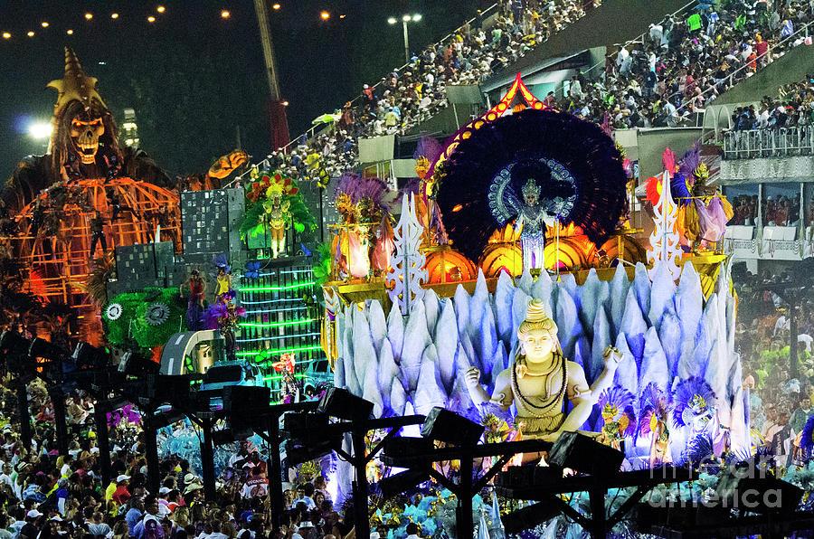 Carnival Photograph - Carnival Rio De Janeiro 35 by Bob Christopher
