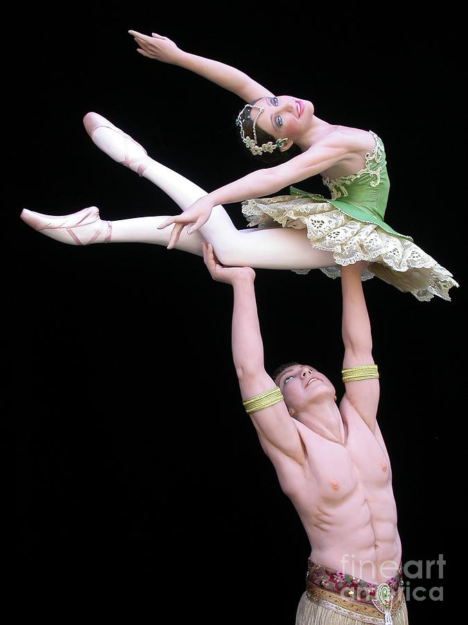 Ballet Sculpture - Celle Qui Vole by Vickie Arentz