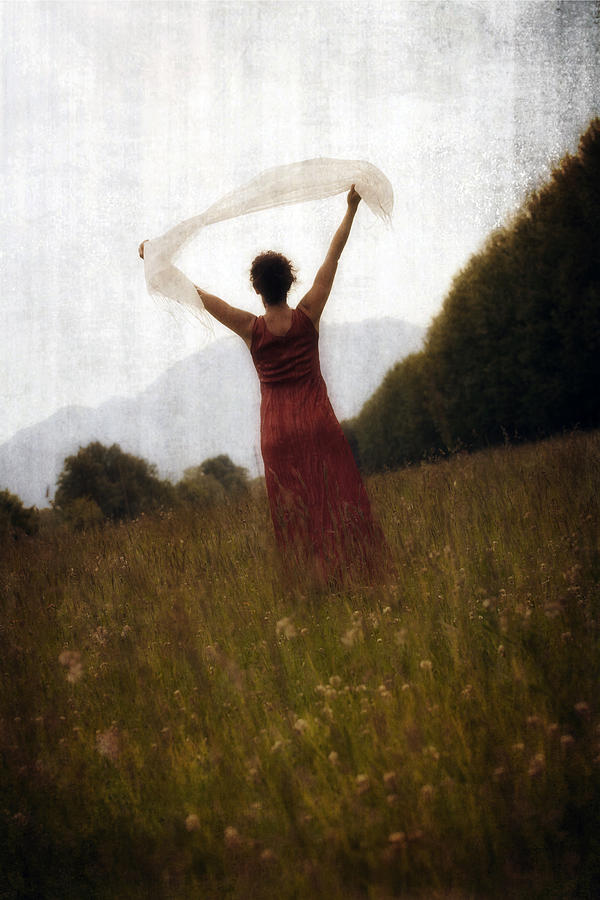 Female Photograph - Dancing by Joana Kruse