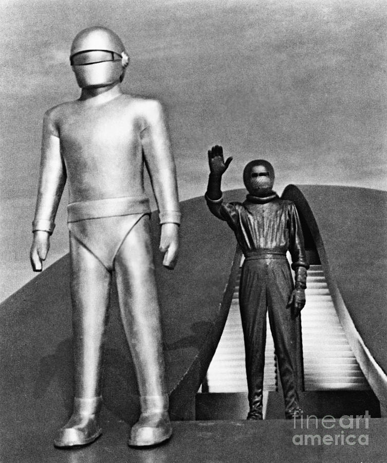 1952 Photograph - Day The Earth Stood Still by Granger