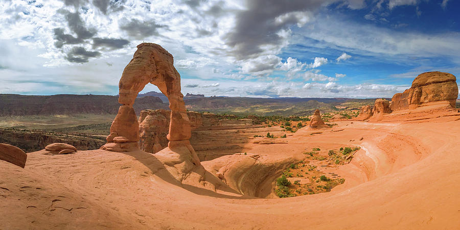 Delicate Arch by David Lyle