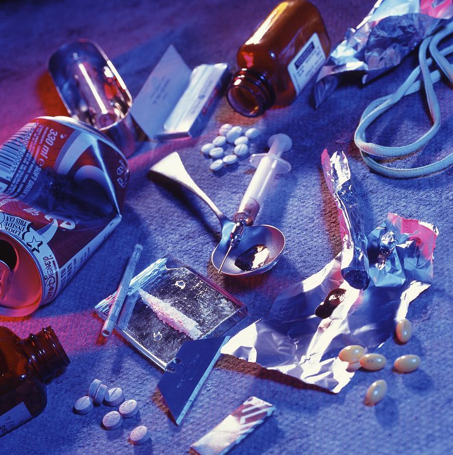Drugs Photograph - Drug Abuse by Tek Image