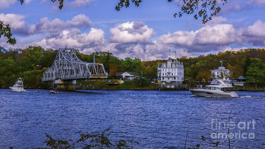East haddam swinging bridge