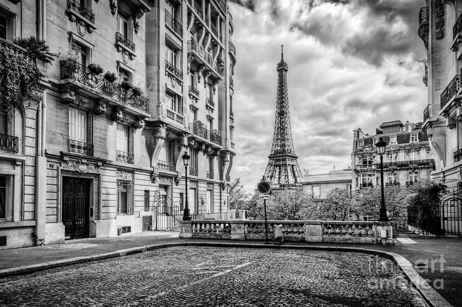 Eiffel Tower Images Black And White: Eiffel Tower Seen From The Street In Paris, France. Black
