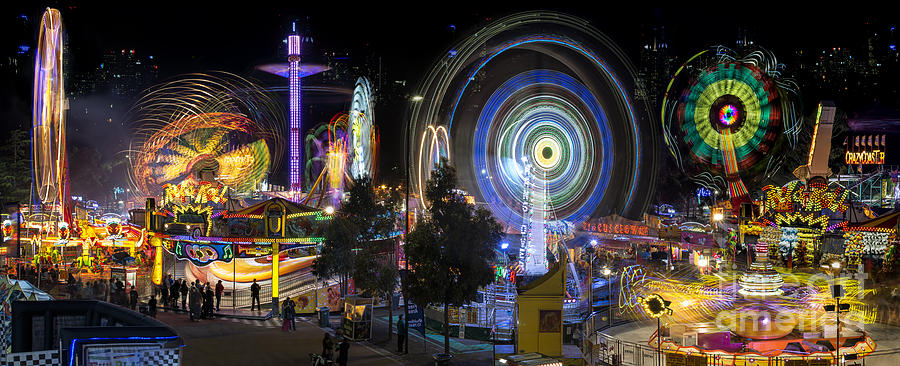 Fairground Attraction panorama by Ray Warren