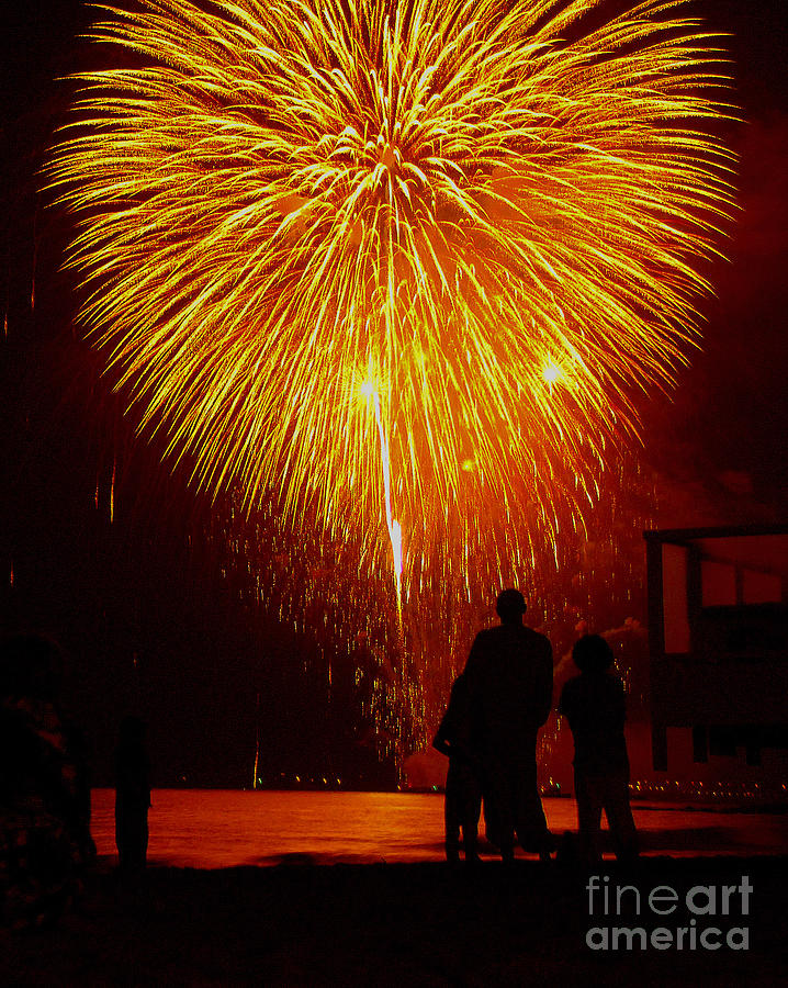 Fireworks Photograph - Fireworks by Marc Bittan