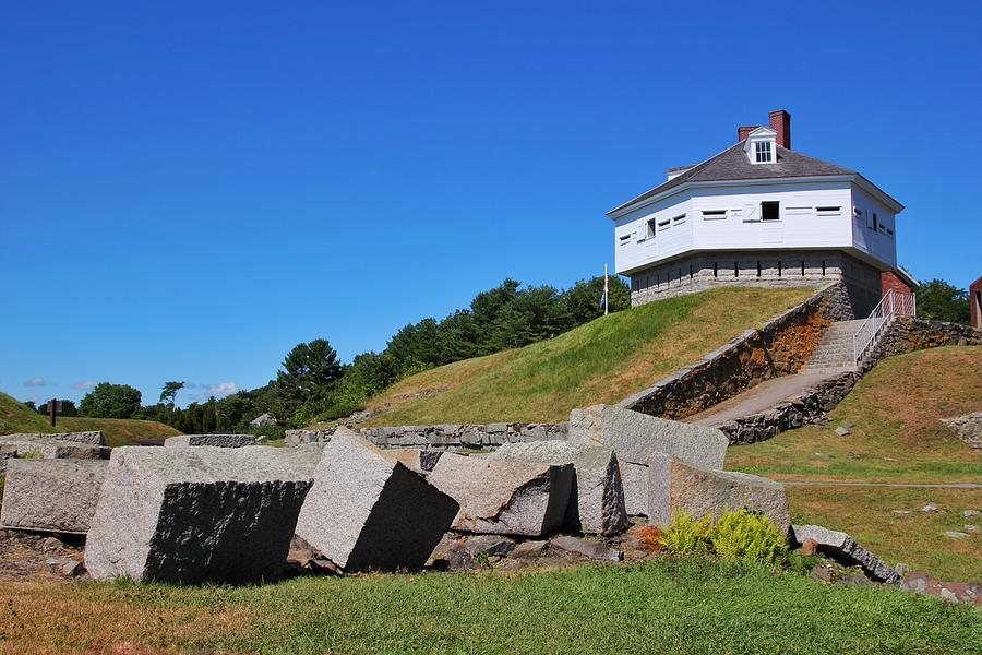 Fort McClary by Luisa Azzolini