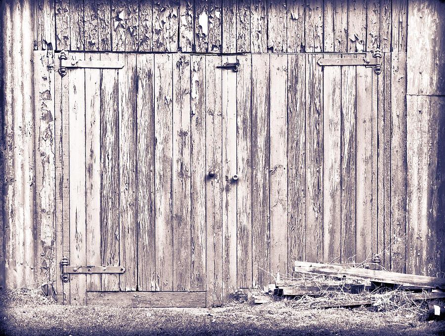 Abstract Photograph - Green Barn Door by Tom Gowanlock