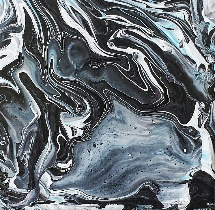 I know it looks like Marble by Robbie Masso