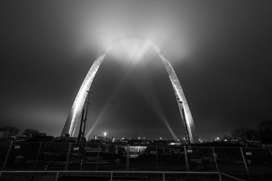 Jefferson Expansion Memorial Gateway Arch by Matthew Chapman