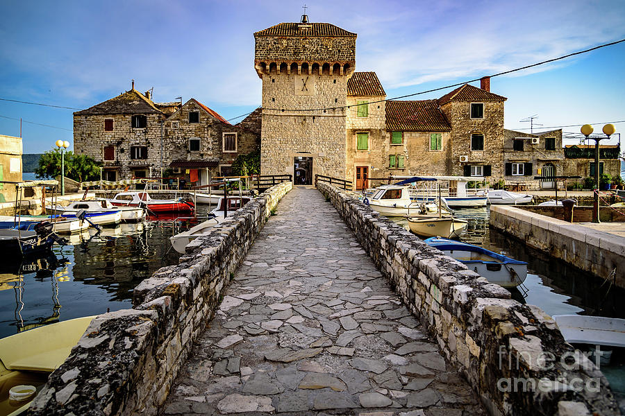 Kastel Gomilica Fishing Castle In Kastela, Free City Of ...