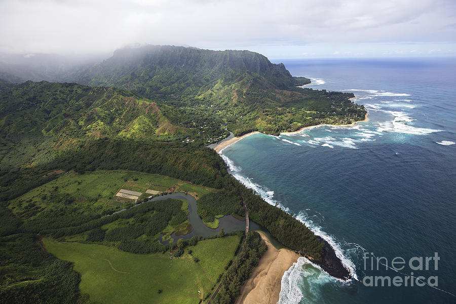 Kauai by Shishir Sathe