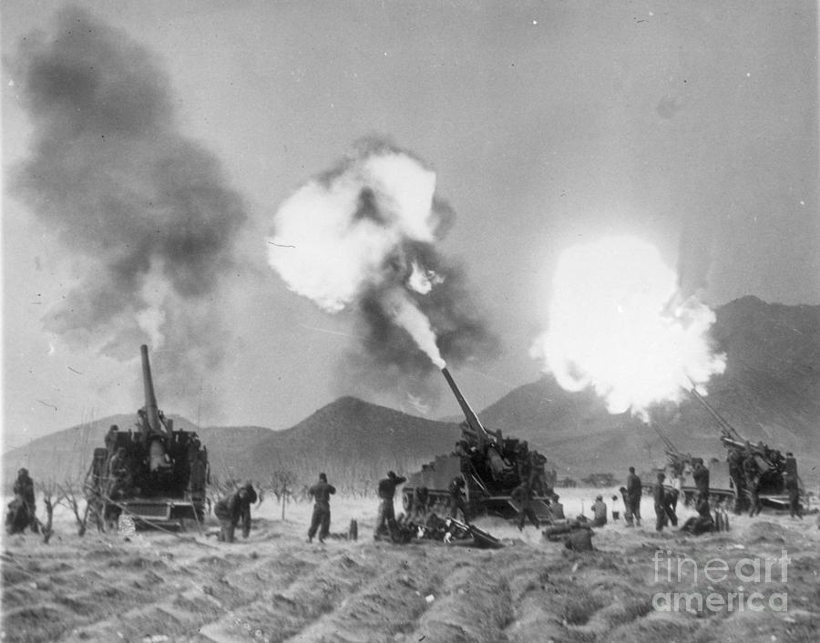 1951 Photograph - Korean War, 1951 by Granger