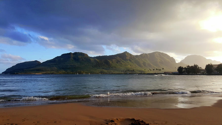 Lihue by Eric Wiles