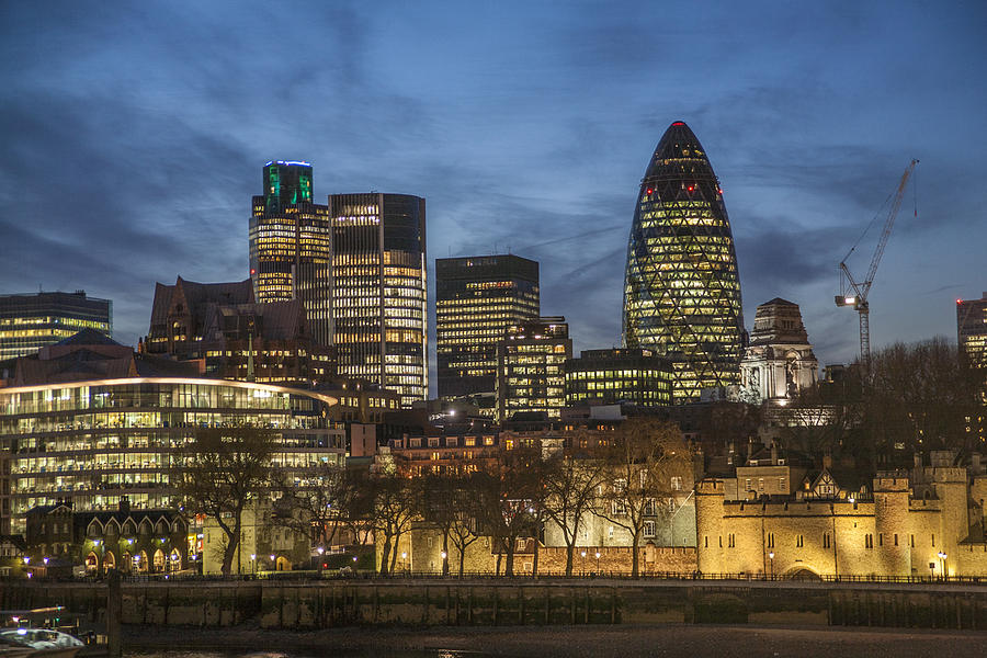 122 Leadenhall Street Photograph - London Financial District by Richard Nowitz