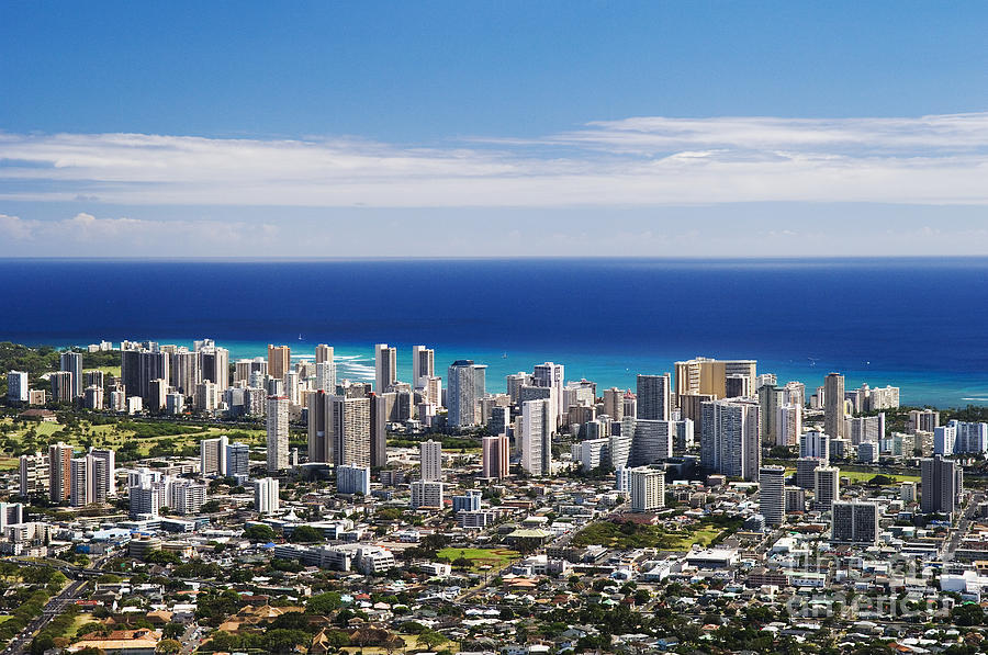 Above Photograph - Lookout View Of Honolulu by Greg Vaughn - Printscapes
