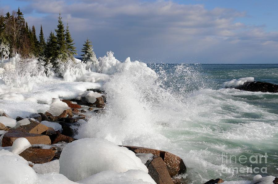 Lake Superior Photograph - Making More Ice by Sandra Updyke