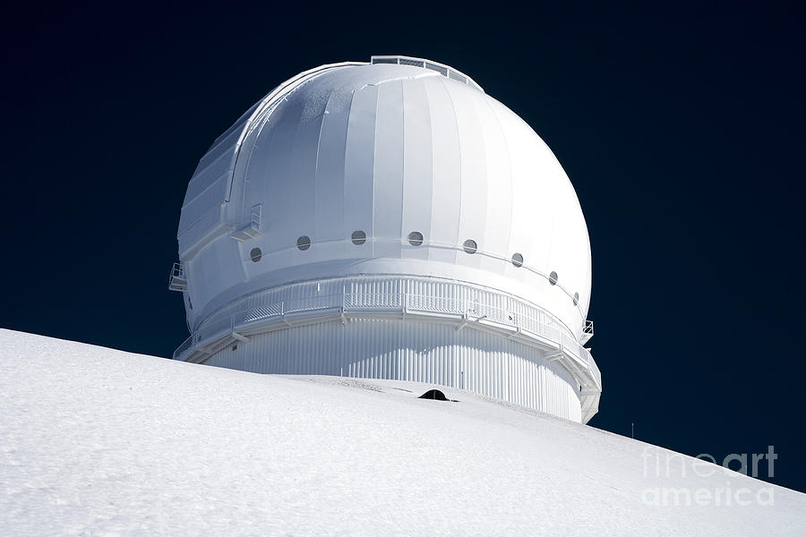 Above Photograph - Mauna Kea Observatory by Peter French - Printscapes