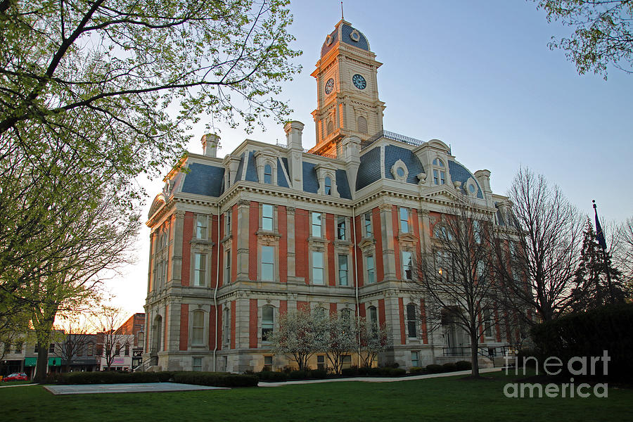 Noblesville County Building