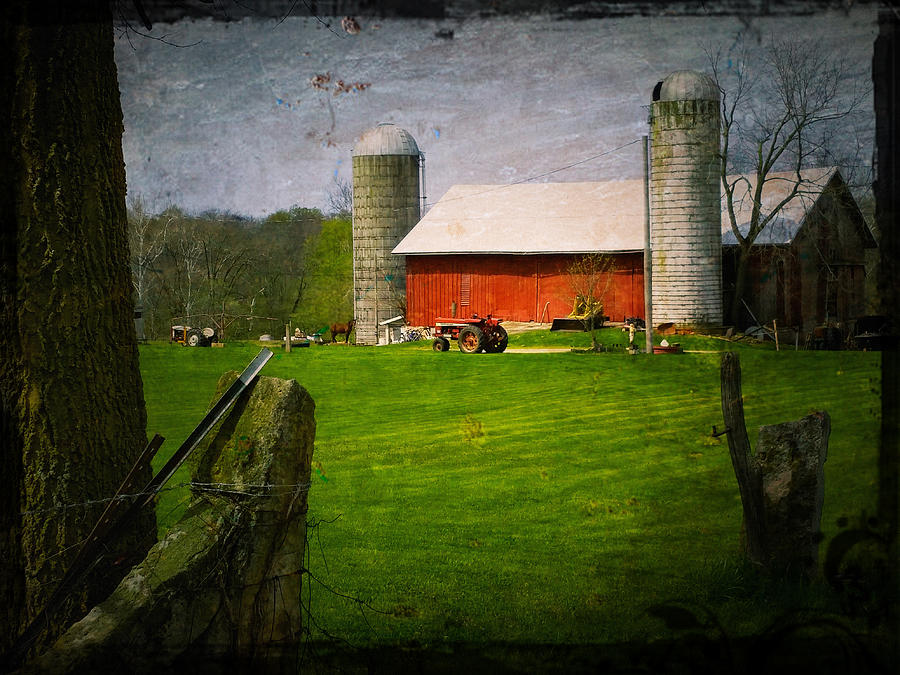Ohio Barn by Michael L Kimble