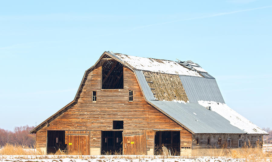 Old Barn in Idaho Photograph by Dart Humeston