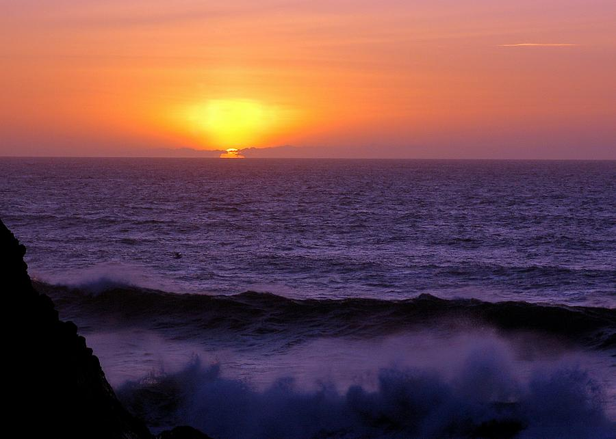 Sun Photograph - Oregon Sunset by Scott Gould