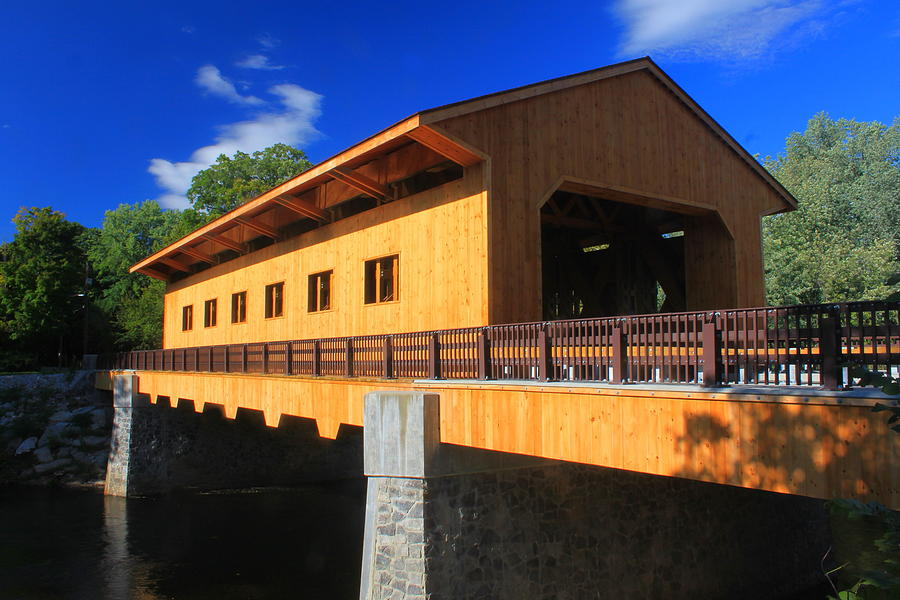 Pepperell Covered Bridge and Overlook - Picture of