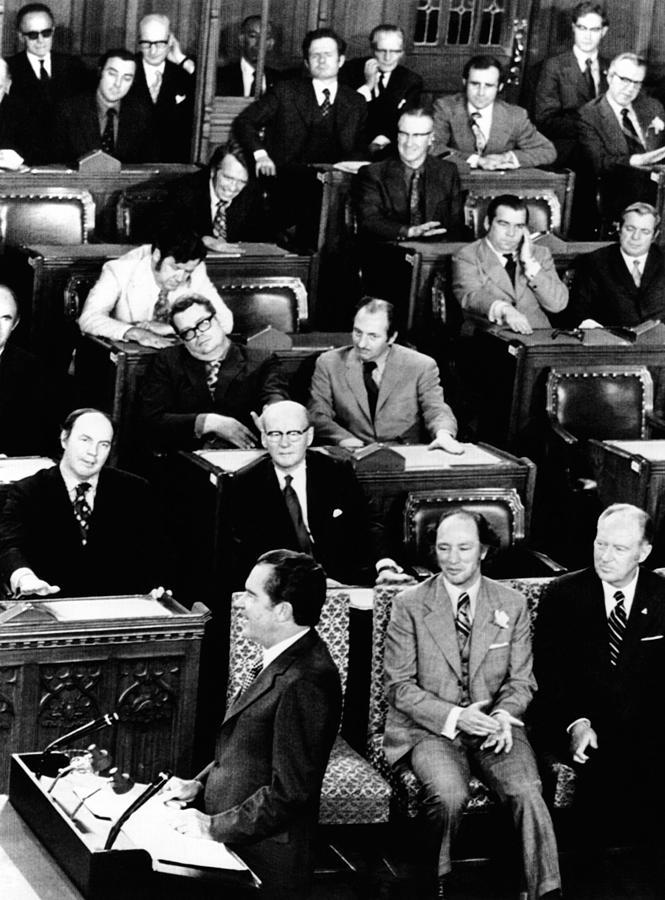 History Photograph - President Richard Nixon Addressing by Everett