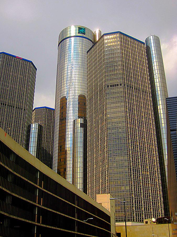 Famous Buildings Photograph - Renaissance Center In Detroit by Guy Ricketts