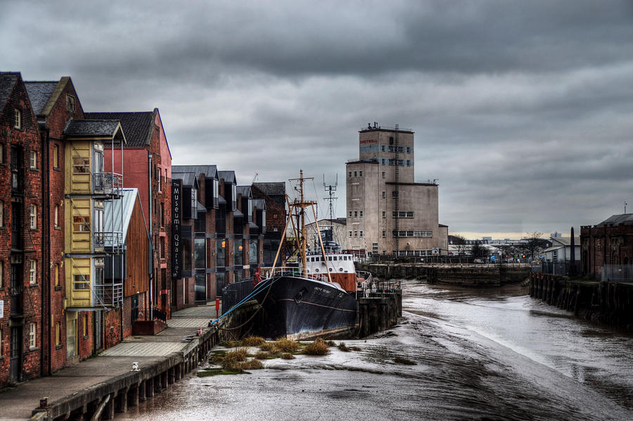 River Hull by Sarah Couzens