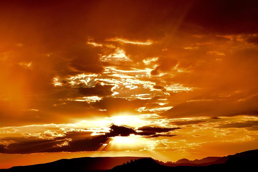 Sedona Photograph - Sedona Sunset by Heber Lopez