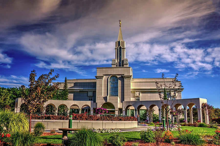 Bountiful Temple Photograph - Setting Sun by David Simpson