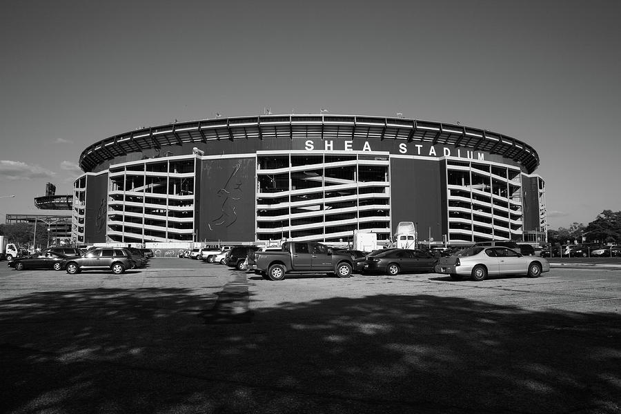 Landmark Photograph - Shea Stadium - New York Mets by Frank Romeo