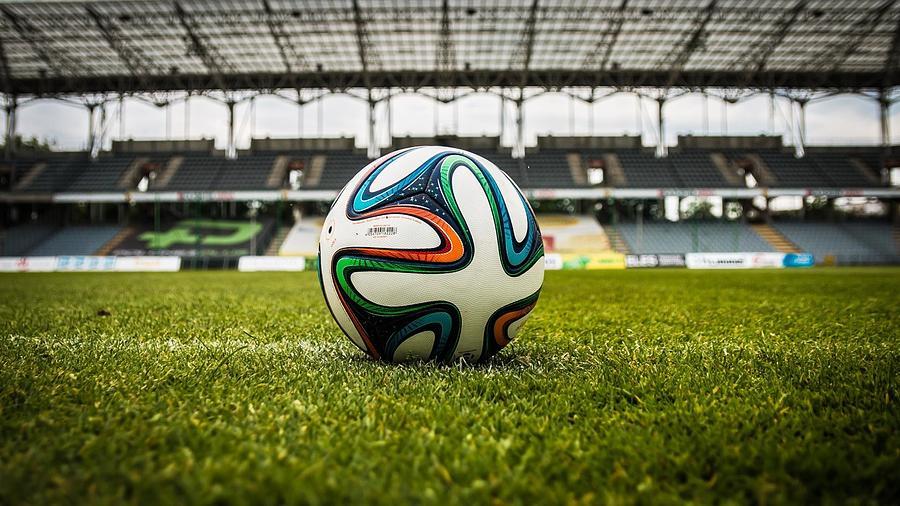 Soccer Digital Art - Soccer by Dorothy Binder
