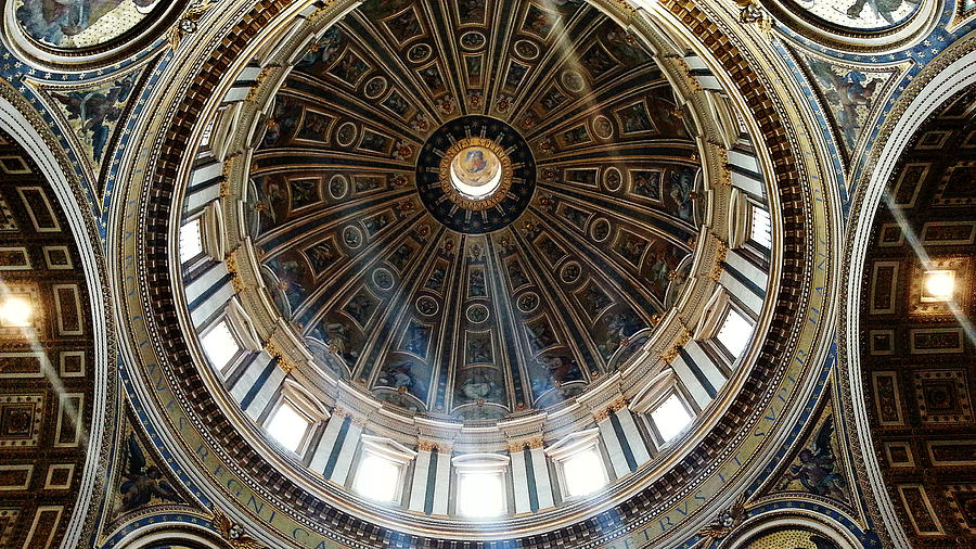 St Peter's Dome by Julian Perry