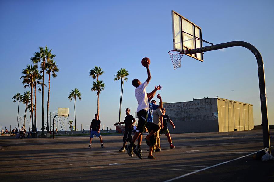 Street basketball game in Venice Beach Photograph by Nano Calvo