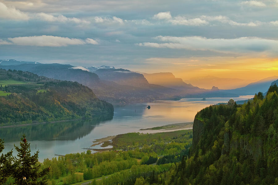 Columbia River Gorge Photograph - Sunrise At Columbia River Gorge by David Gn