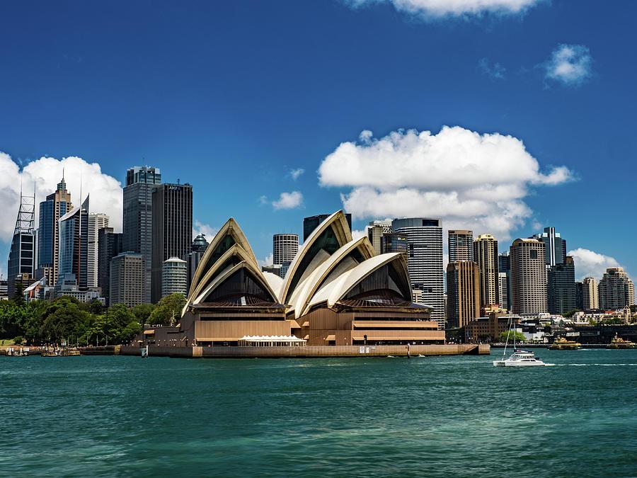 Sydney Opera House by Walt Sterneman