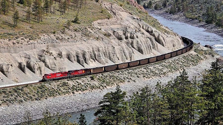 Train Digital Art - Train by Dorothy Binder