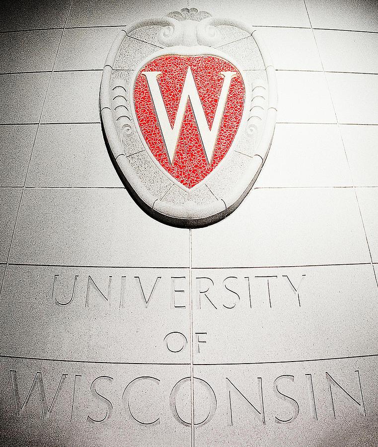 University Of Wisconsin Photograph - Uw Crest by Todd Klassy