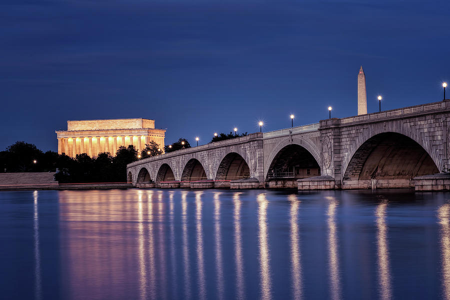 Washington DC at night by Bill Dodsworth