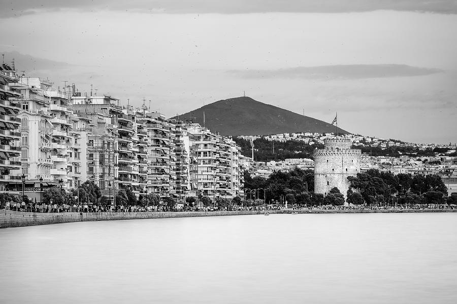 Cityscape Photograph - White Tower Of Thessaloniki by Ioannis Vasilakakis