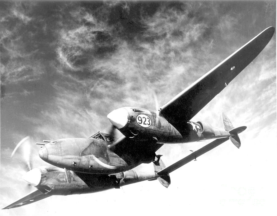 Wwii Lockheed P 38 Lightning 1940s Photograph By Science