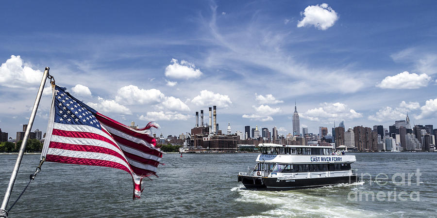American Flagg Photograph - New York by Juergen Held