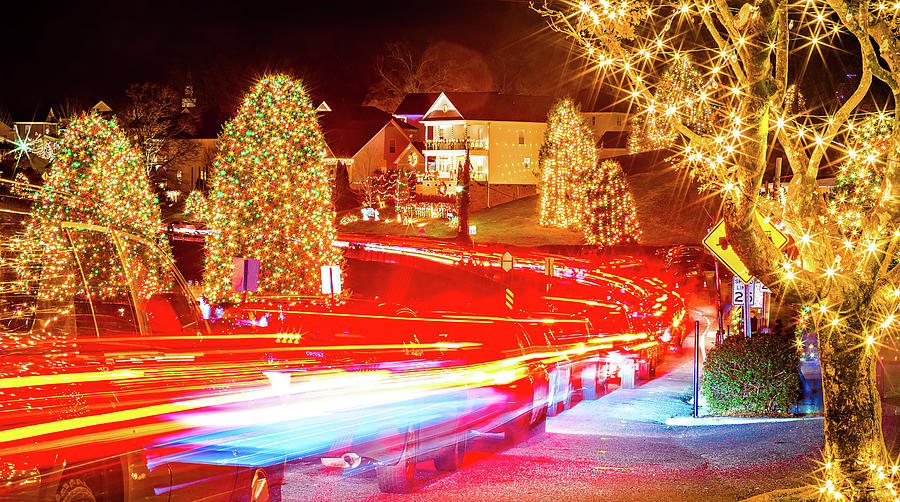 Christmas Town Usa.Outdoor Christmas Decorations At Christmas Town Usa By Alex Grichenko